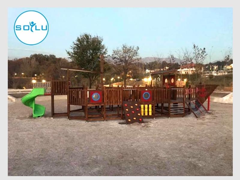 Çocuk Oyun Parkları - Arnavutluk